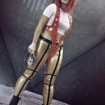Leeloo cosplay fifthelement by luzbeldauvergne shoot florenciasofen